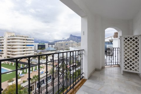 Penthouse for sale in Marbella, Malaga, Spain, 2 bedrooms, 135.73m2, No. 2019 – photo 7