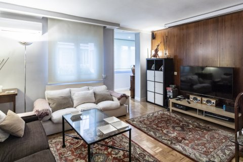 Apartment for sale in Madrid, Spain, 4 bedrooms, 122.00m2, No. 2013 – photo 7