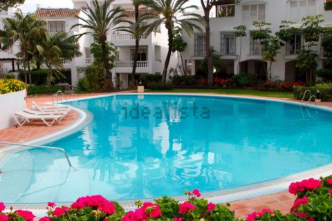 Apartment for rent in Marbella, Malaga, Spain, 2 bedrooms, 160.00m2, No. 2246 – photo 1