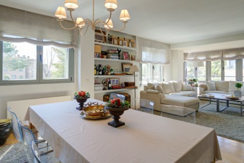 Apartment for sale in Madrid, Spain, 4 bedrooms, 171.00m2, No. 2442 – photo 5