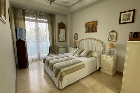 Apartment for sale in Malaga, Spain, 3 bedrooms, 135.00m2, No. 2285 – photo 15