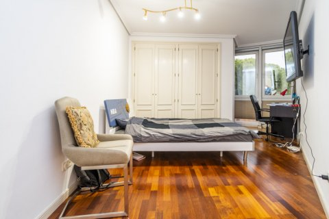 Duplex for sale in Madrid, Spain, 3 bedrooms, 152.00m2, No. 2445 – photo 17
