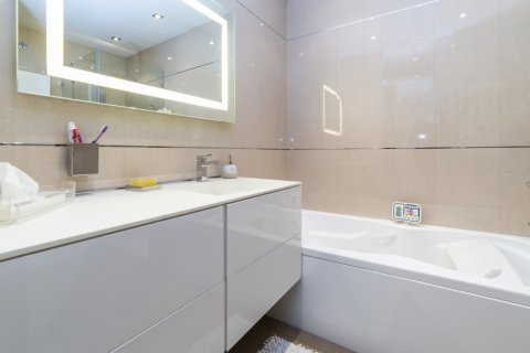 Apartment for sale in Madrid, Spain, 3 bedrooms, 322.00m2, No. 2564 – photo 23
