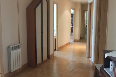 Apartment for rent in Madrid, Spain, 12 bedrooms, 400.00m2, No. 2350 – photo 28