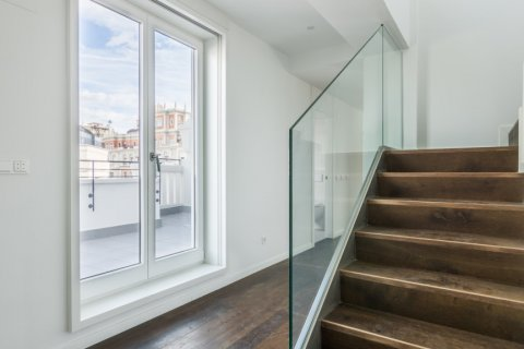 Duplex for sale in Madrid, Spain, 3 bedrooms, 383.49m2, No. 2257 – photo 10