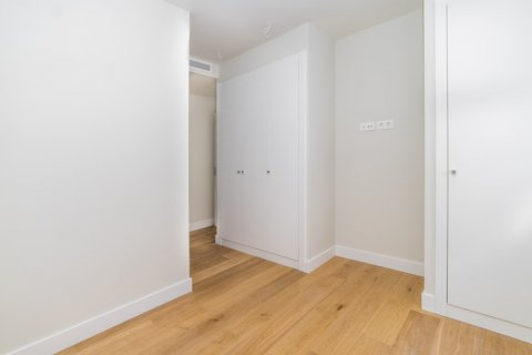 Apartment for sale in Madrid, Spain, 3 bedrooms, 189.00m2, No. 2603 – photo 9
