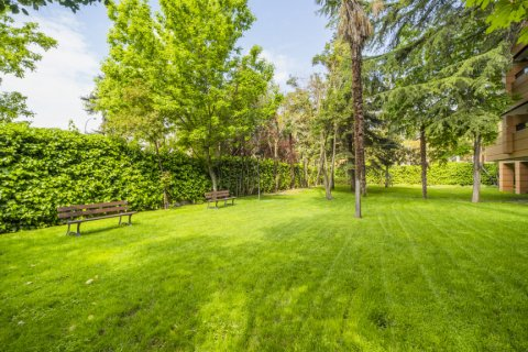 Apartment for sale in Madrid, Spain, 3 bedrooms, 122.00m2, No. 2678 – photo 25