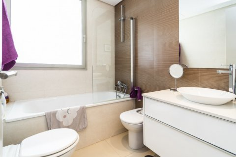 Penthouse for sale in Madrid, Spain, 3 bedrooms, 183.00m2, No. 2215 – photo 11
