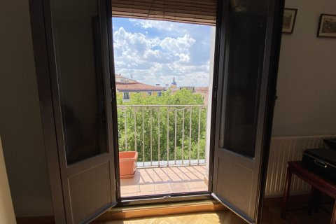 Duplex for rent in Madrid, Spain, 2 bedrooms, 98.00m2, No. 1489 – photo 5