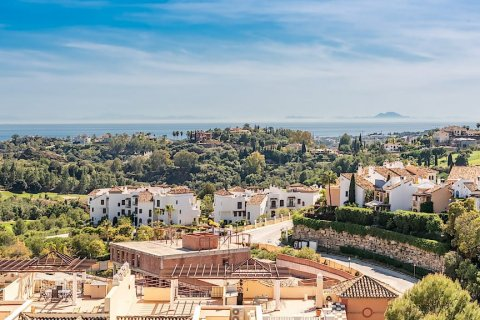 Apartment for sale in El Madronal, Malaga, Spain, 3 bedrooms, 137.06m2, No. 1513 – photo 1