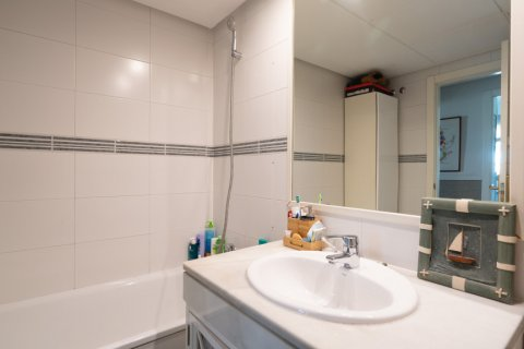 Apartment for sale in Madrid, Spain, 4 bedrooms, 171.00m2, No. 2442 – photo 27