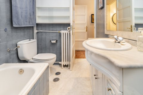 Apartment for sale in Madrid, Spain, 3 bedrooms, 78.00m2, No. 2330 – photo 30