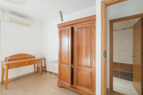Apartment for sale in Sevilla, Seville, Spain, 5 bedrooms, 123.00m2, No. 2358 – photo 27