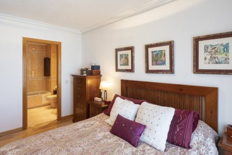Apartment for sale in Madrid, Spain, 2 bedrooms, 91.00m2, No. 2073 – photo 8