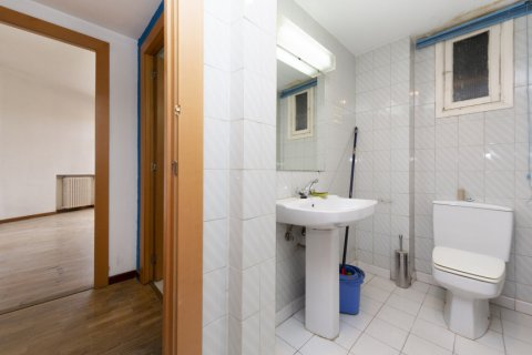 Apartment for sale in Madrid, Spain, 3 bedrooms, 127.00m2, No. 2281 – photo 27