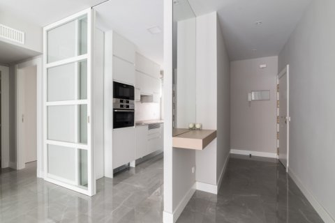 Apartment for sale in Madrid, Spain, 3 bedrooms, 93.00m2, No. 2039 – photo 6