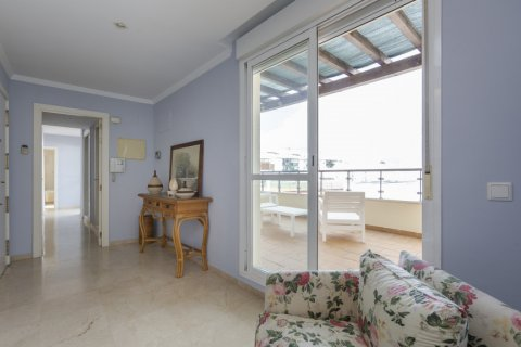 Penthouse for sale in Estepona, Malaga, Spain, 2 bedrooms, 91.49m2, No. 2068 – photo 7