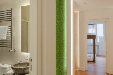 Apartment for sale in Madrid, Spain, 4 bedrooms, 219.00m2, No. 2062 – photo 11