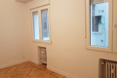 Apartment for rent in Madrid, Spain, 3 bedrooms, 168.00m2, No. 2435 – photo 18