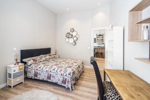 Apartment for sale in Madrid, Spain, 1 bedroom, 67.00m2, No. 2197 – photo 21