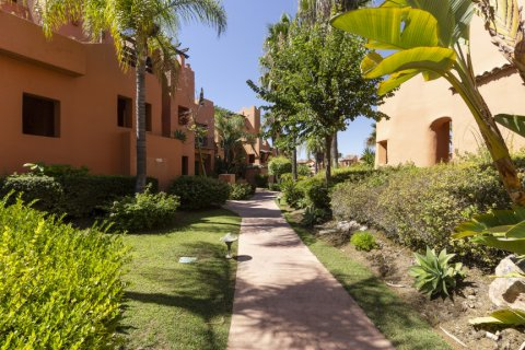Penthouse for sale in Estepona, Malaga, Spain, 1 bedroom, 73.00m2, No. 2310 – photo 18