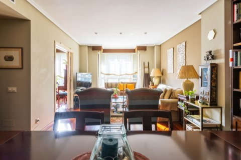 Apartment for sale in Madrid, Spain, 4 bedrooms, 152.00m2, No. 2702 – photo 12