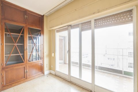 Apartment for sale in Sevilla, Seville, Spain, 5 bedrooms, 204.00m2, No. 2637 – photo 29