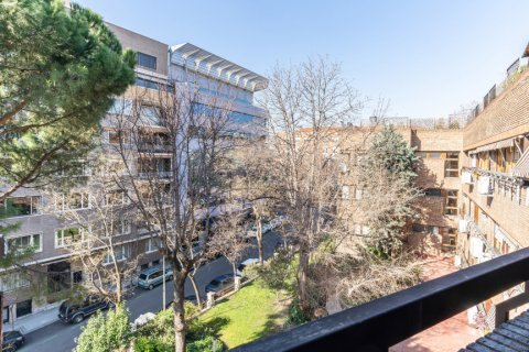 Apartment for sale in Madrid, Spain, 52.00m2, No. 2025 – photo 16