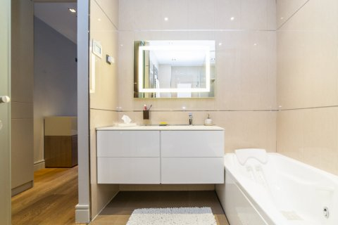 Apartment for sale in Madrid, Spain, 3 bedrooms, 322.00m2, No. 2564 – photo 25