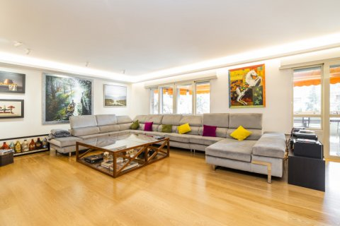 Apartment for sale in Alcobendas, Madrid, Spain, 5 bedrooms, 474.00m2, No. 2566 – photo 3