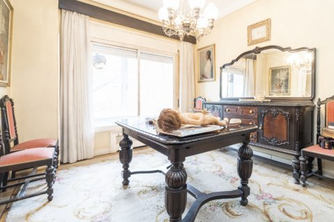Apartment for sale in Madrid, Spain, 5 bedrooms, 168.00m2, No. 2313 – photo 9