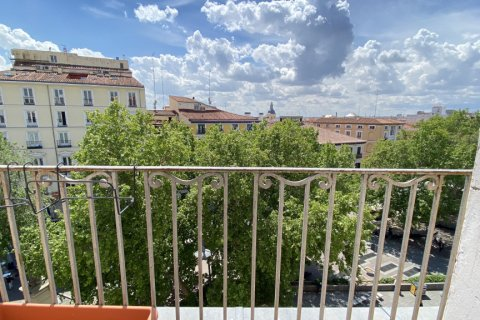 Duplex for rent in Madrid, Spain, 2 bedrooms, 98.00m2, No. 1489 – photo 6