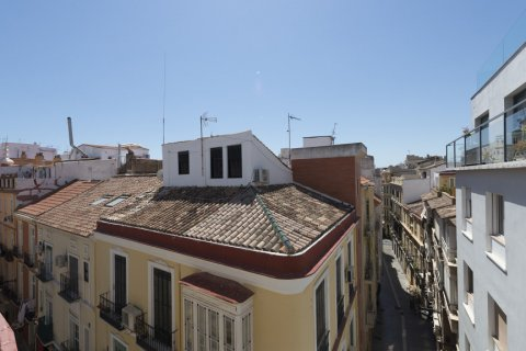 Penthouse for sale in Malaga, Spain, 4 bedrooms, 185.00m2, No. 2297 – photo 8