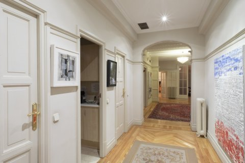 Apartment for sale in Madrid, Spain, 5 bedrooms, 377.00m2, No. 2003 – photo 3