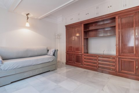 Apartment for sale in Malaga, Spain, 3 bedrooms, 229.00m2, No. 2351 – photo 18