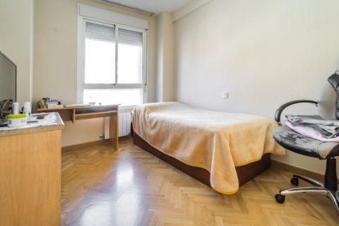 Apartment for sale in Madrid, Spain, 3 bedrooms, 102.43m2, No. 2471 – photo 24