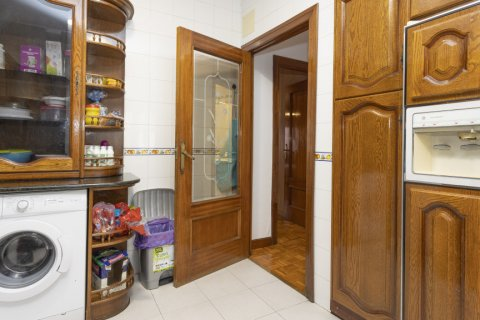 Apartment for sale in Madrid, Spain, 4 bedrooms, 163.00m2, No. 2586 – photo 18