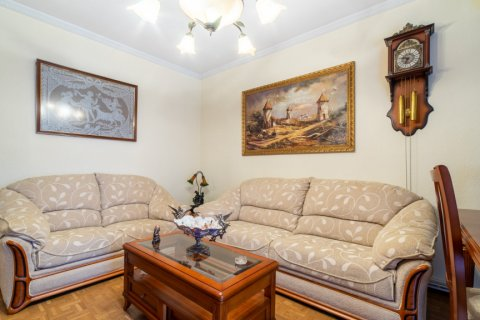 Apartment for sale in Madrid, Spain, 3 bedrooms, 73.00m2, No. 1801 – photo 4