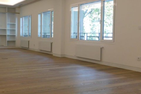 Apartment for rent in Madrid, Spain, 3 bedrooms, 300.00m2, No. 1576 – photo 4