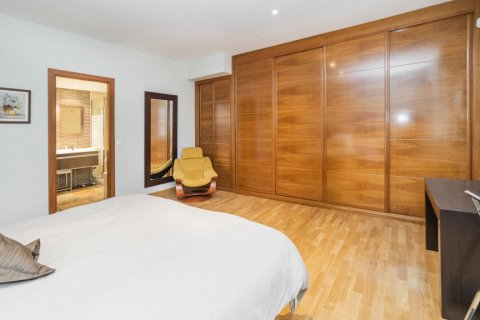 Apartment for sale in Madrid, Spain, 4 bedrooms, 218.00m2, No. 2576 – photo 23