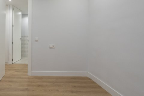 Apartment for sale in Madrid, Spain, 3 bedrooms, 136.00m2, No. 2007 – photo 22