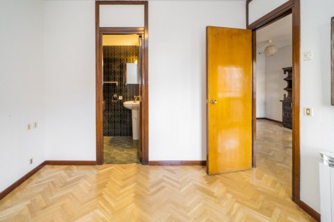 Apartment for sale in Madrid, Spain, 1 bedroom, 50.00m2, No. 2636 – photo 10