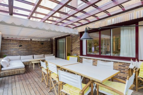Apartment for sale in Madrid, Spain, 4 bedrooms, 330.00m2, No. 2353 – photo 9