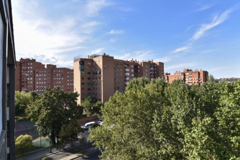 Apartment for sale in Madrid, Spain, 3 bedrooms, 98.00m2, No. 1682 – photo 26