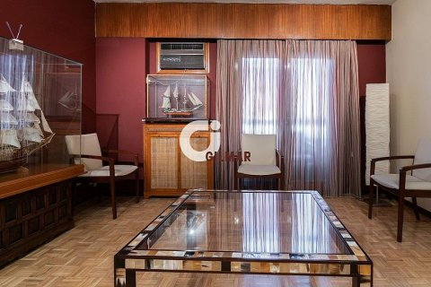 Apartment for sale in Madrid, Spain, 4 bedrooms, 127.00m2, No. 2063 – photo 24