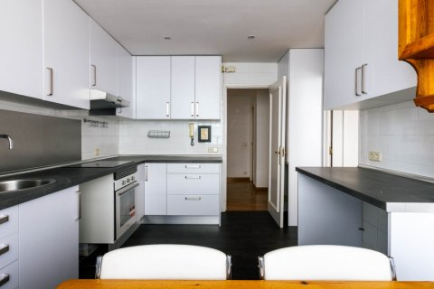 Apartment for sale in Madrid, Spain, 3 bedrooms, 168.00m2, No. 2301 – photo 15