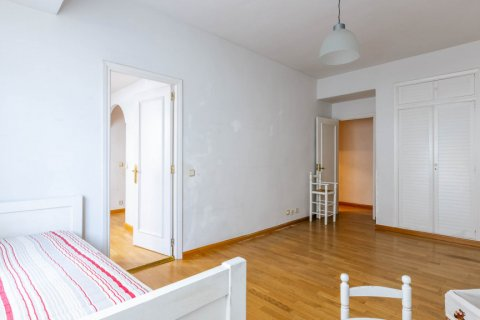 Apartment for sale in Madrid, Spain, 3 bedrooms, 168.00m2, No. 2301 – photo 24