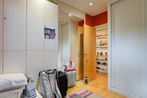 Duplex for sale in Madrid, Spain, 3 bedrooms, 160.00m2, No. 2326 – photo 29