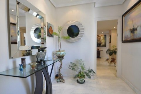 Penthouse for sale in Torremolinos, Malaga, Spain, 3 bedrooms, 331.00m2, No. 2459 – photo 3