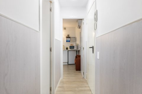 Apartment for sale in Madrid, Spain, 2 bedrooms, 40.00m2, No. 2436 – photo 18